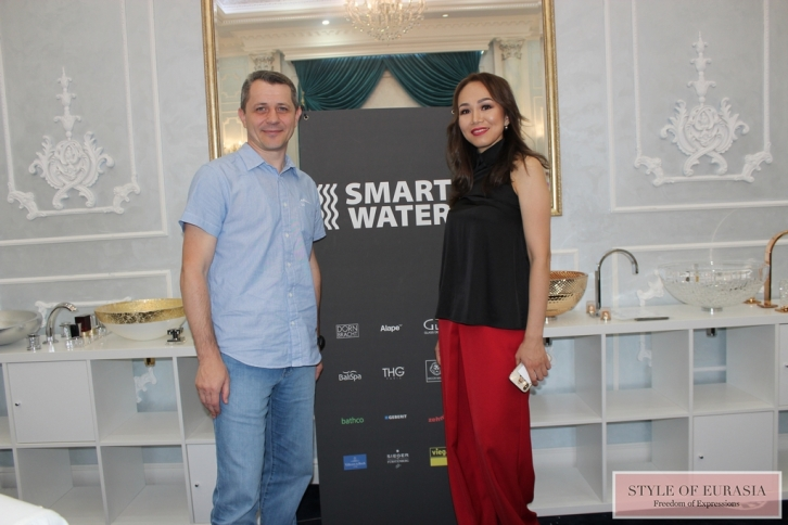 Smart Water at the Art Breakfast with the Syrlasu magazine