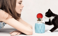NEWS: Stacy Martin starred in the video of the first Miu Miu fragrance