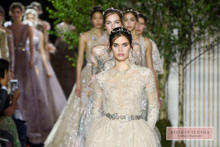 Inspiring collections from the Haute Couture Fashion Week Autumn-Winter 2017-2018