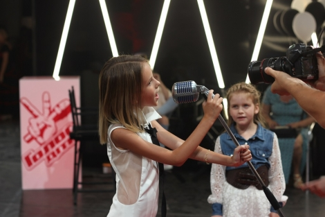 NEWS: A ten-year-old girl from Almaty unfolded the chairs of all the judges on the show «The Voice kids. Ukraine»