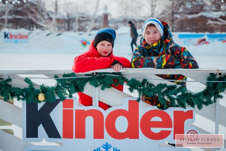Kinder presented a holiday to children from Almaty orphanages