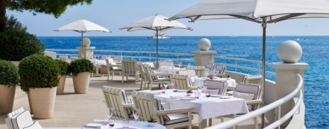 The first Michelin-starred restaurant with 100% organic food and wild-caught fish, a naturally authentic locale in the heart of Monaco